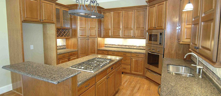 Kitchen and bathroom remodeling contractor manhattan il for Manhattan kitchen and bath design